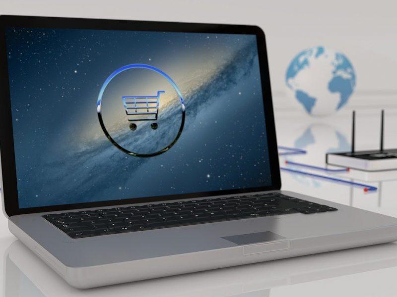 Ordinateur portable shopping en ligne